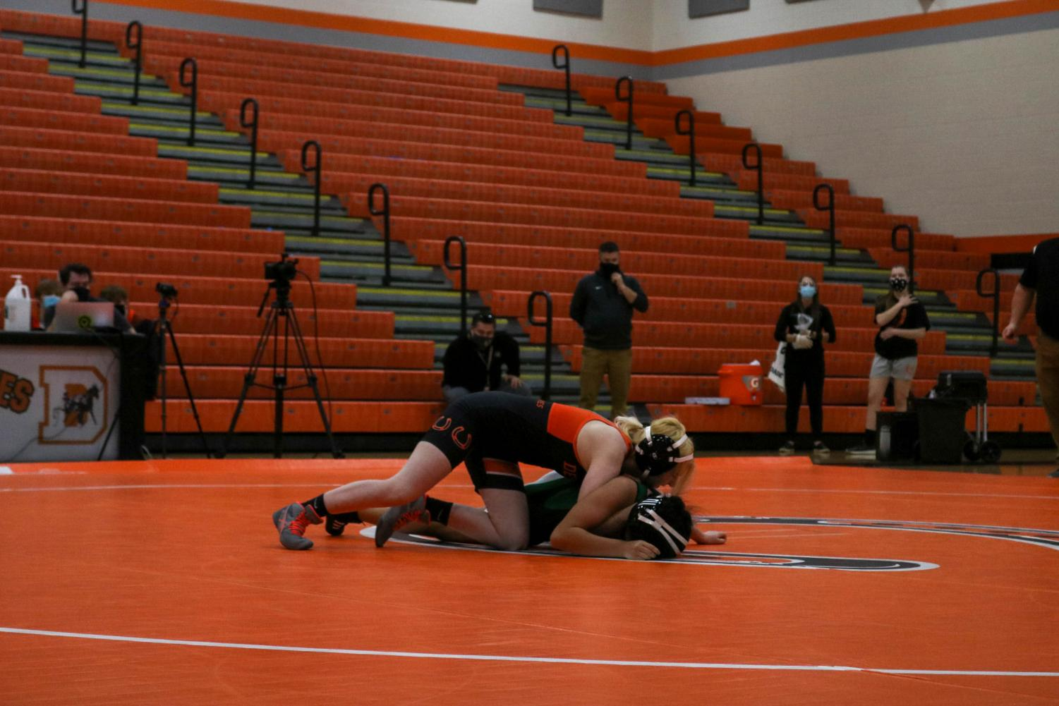 First+all-girls+wrestling+match+at+Hayes