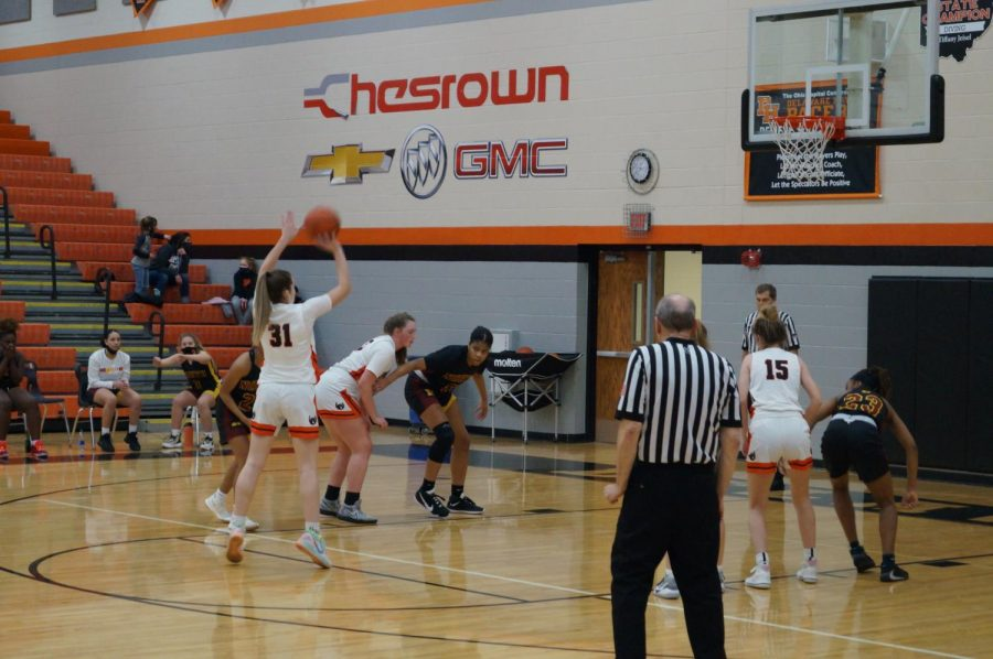 Lady pacer makes a free throw
