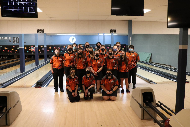 Boys%27+and+girls%27+bowling+teams+crush+Big+Walnut