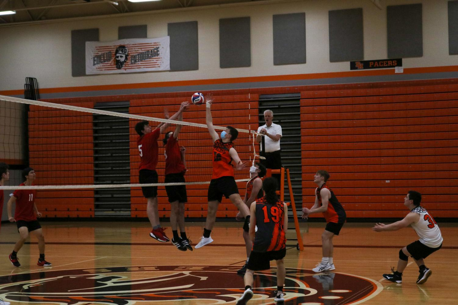 Boys+Volleyball+team+crushes+Westerville+South